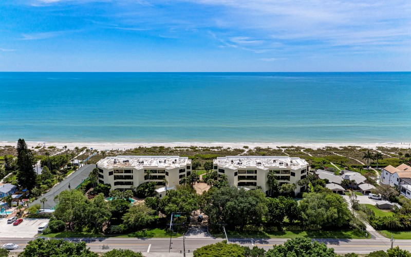 5481 Gulf of Mexico Dr #208